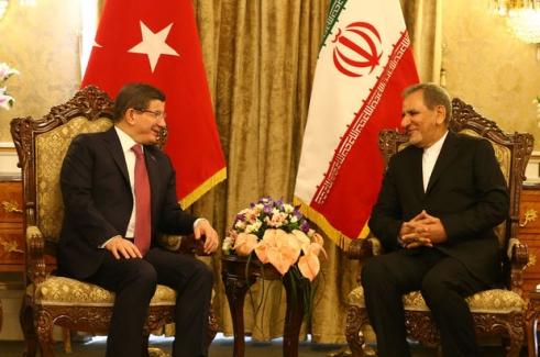 Başbakan Davutoğlu İran'da Rusya'ya cevap verdi!