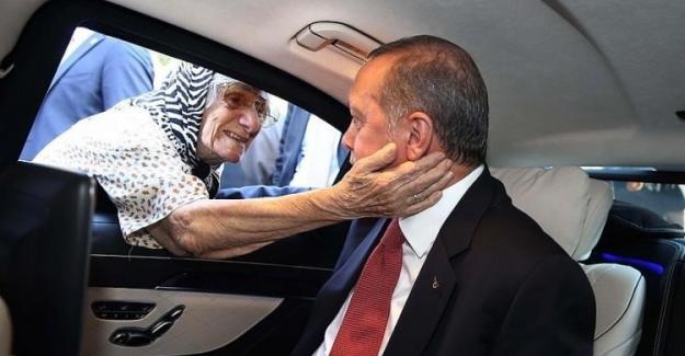 Erdoğan'dan Kadınlar günü resepsiyonu