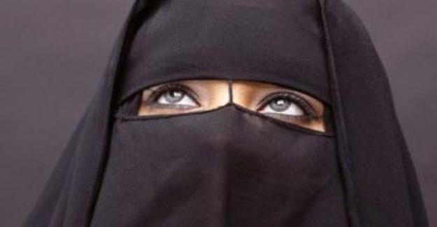 Mısır'da burka ve peçe yasaklanıyor!