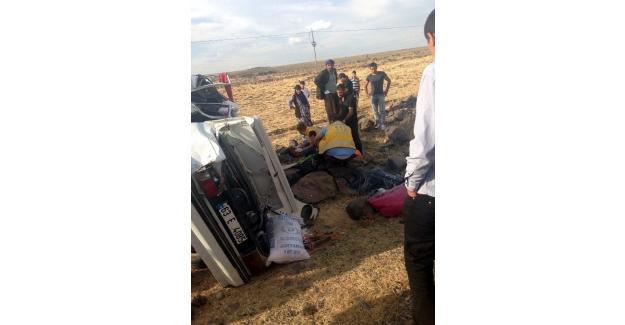 Şanlıurfa'nın Siverek ilçesinde trafik kazası! 1 ölü 8 yaralı...