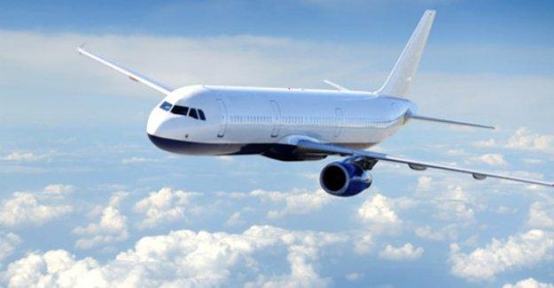 ABD uçak kazası! Kalkışa hazırlanan uçak alev alev yandı...