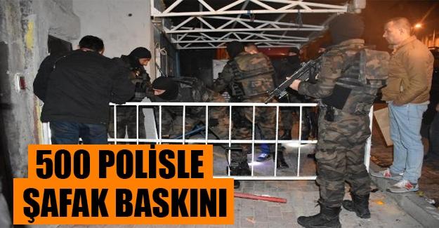 500 polisle büyük uyuşturucu operasyonu! Kuştepe'de polis baskını...