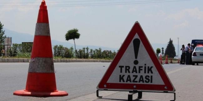 Erzurum'da katliam gibi kaza yaşandı! Otobüs çimento yüklü TIR'a çarptı: 3 ölü, onlarca yaralı var...