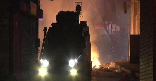 İstanbul Beyoğlu'da eylemcilere polis müdahalesi!