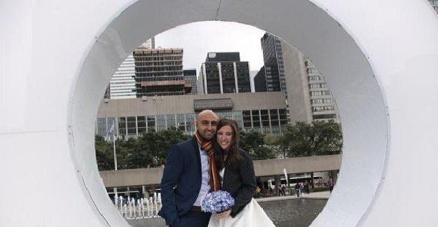Kanadalı çiftten insanlık dersi! Aylan'ın fotoğrafını görünce düğünlerini iptal ettiler!