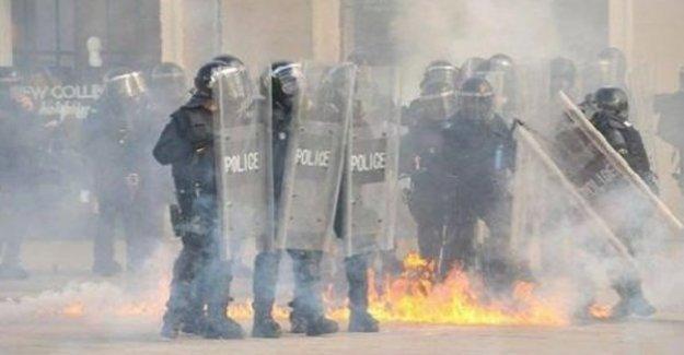 Kosova karıştı! Muhalifler polisle çatıştı