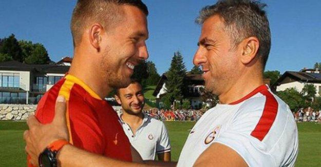 Lukas Podoski'den Hamzaoğlu'na anlamlı mesaj! Bir tek o...
