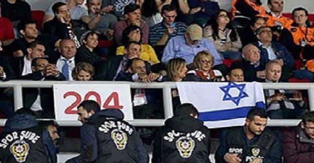 Milli maçta arbede! Polis müdahale etti!