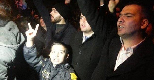 Ülkücüler Rusya'nın Türkmenlere yönelik saldırılarını protesto etti!