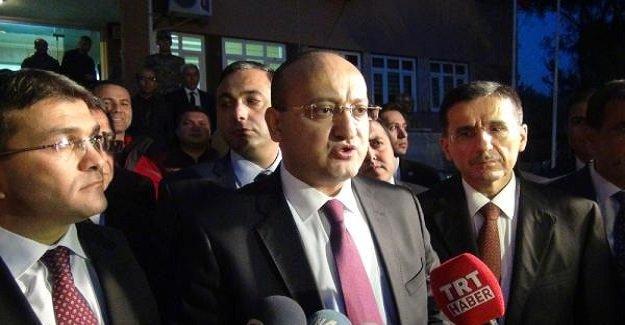Başbakan Yardımcısı Akdoğan'dan, Hatay'da Türkmenlere ziyaret!