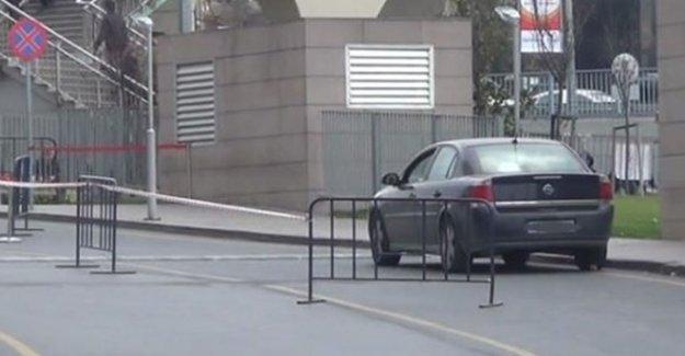 Çağlayan'daki İstanbul Adalet Sarayı'nda şüpheli araç alarmı