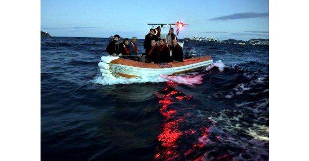 """CHP heyeti Bodrum sahilinde """"ölüm rotasını"""" incelerdiler"""