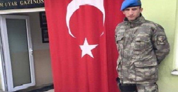 Diyarbakır'da şehit olan askerin İstanbul'daki baba ocağına ateş düştü!