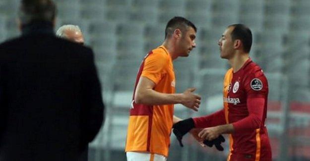 Galatasaray'da sakatlık şoku! Yıldız futbolcu oyuna devam edemedi!