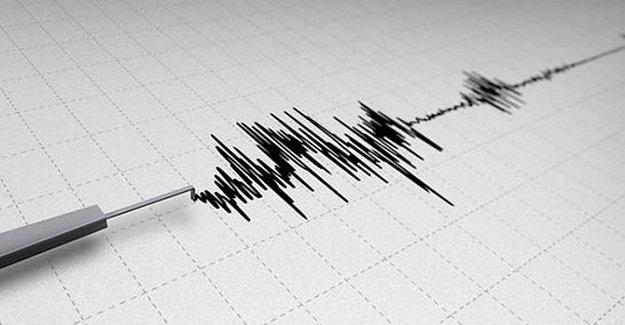 SON DAKİKA: Gemlik Körfezi'nde 3.8 büyüklüğünde deprem meydana geldi!
