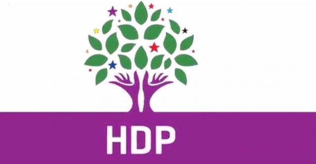 HDP'liler Öcalan lehine slogan attı