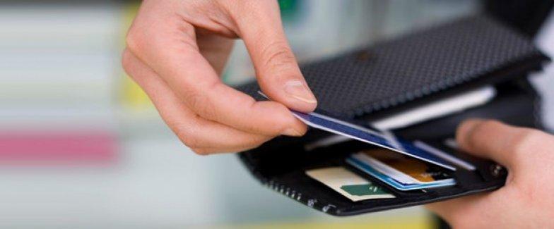 Kredi kartıyla para çekenlere iade hakkı!