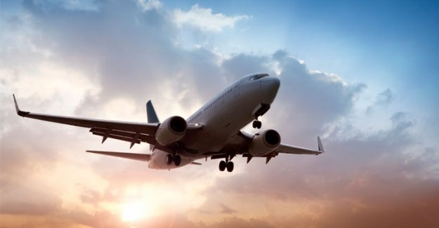 PKK'lı teröristlerden yolcu uçağına taciz ateşi