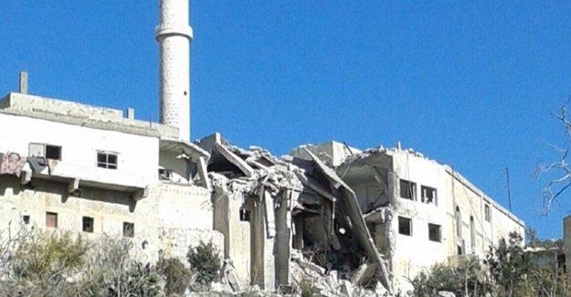 Rus savaş uçakları camiyi bombaladı: 4 ölü, 50 yaralı