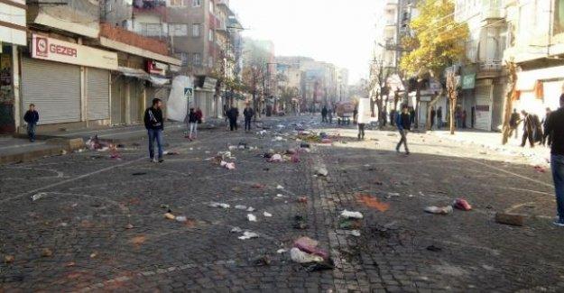 Sur'da yeniden sokağa çıkma yasağı ilan edildi