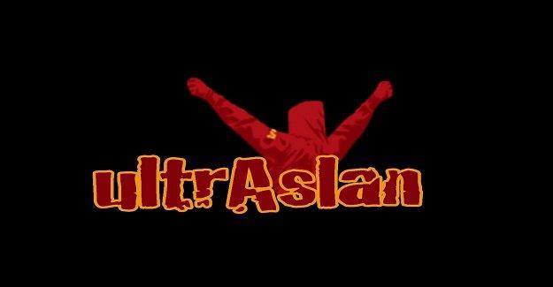 Ultraslan, Beşiktaş mağlubiyeti sonrası Galatasaray yönetimini istifaya çağırdı!