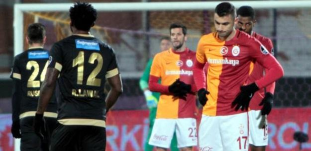 Ankara'da Aslan'a soğuk duş!
