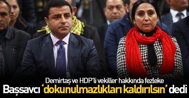 Demirtaş ve HDP'li vekillere büyük darbe!