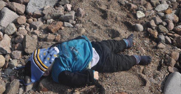 Ege'de mülteci faciası: 39 ölü