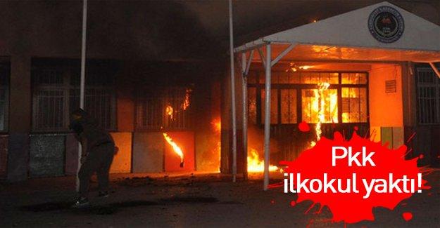 PKK'lılar ilkokul yaktı!