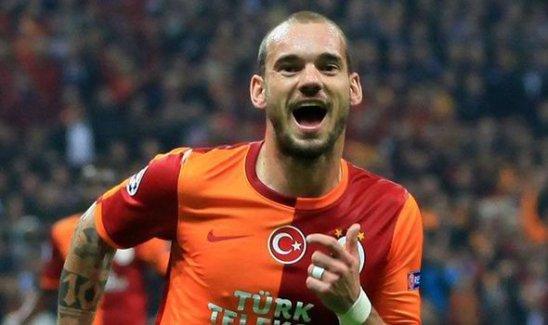 Çinliler'den Sneijder'e rekor teklif