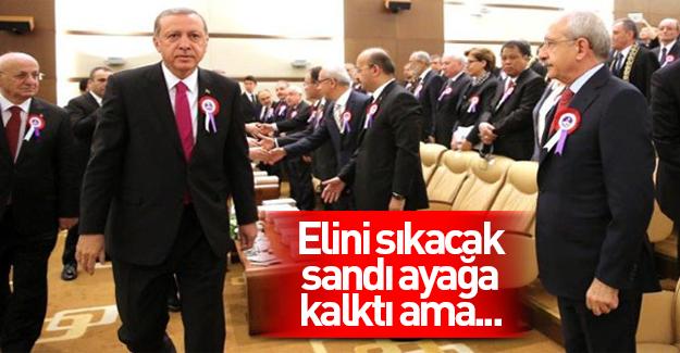 Cumhurbaşkanı Erdoğan, Kılıçdaroğlu'nun elini sıkmadı