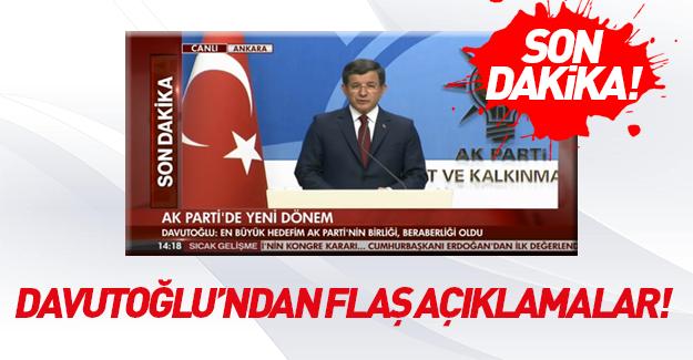 Ahmet Davutoğlu açıklama yapıyor