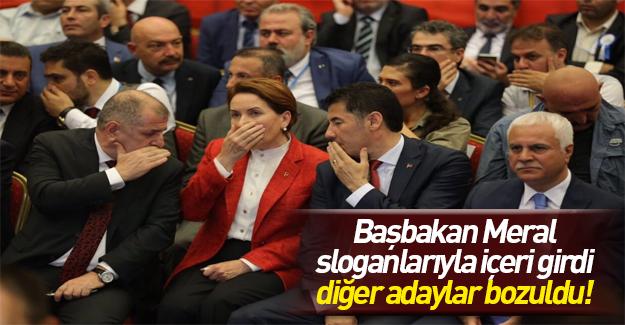 Akşener salona Başbakan Meral sloganlarıyla girdi