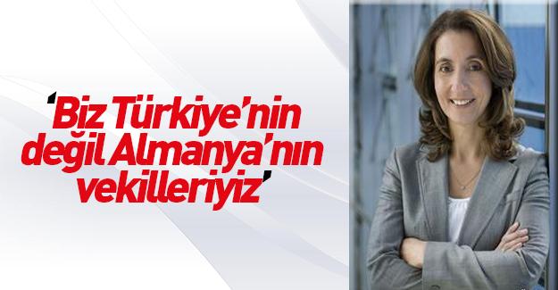 """Almanya'daki """"Türk"""" denilen vekillerin gerçek yüzü"""