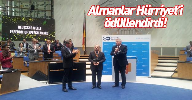 Sedat Ergin Almanya'da ifade özgürlüğü ödülü aldı