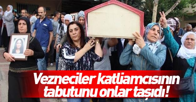 Vezneciler katilinin tabutunu onlar taşıdı