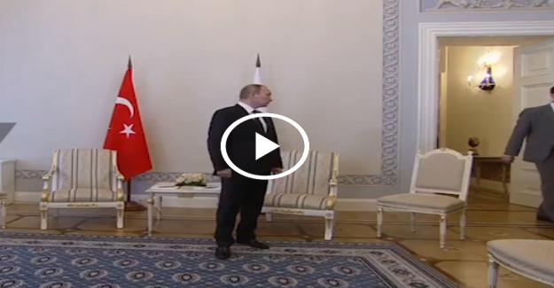 Putin Erdoğan'ı ayakta bekledi