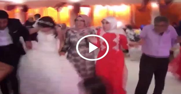 Van'daki patlama anı düğün salonunda paniğe neden oldu