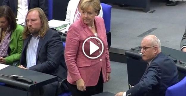 Başbakan Merkel'i böyle azarladılar
