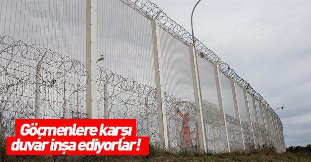 Fransa Calais'te göçmenlere karşı duvar inşa ediyor