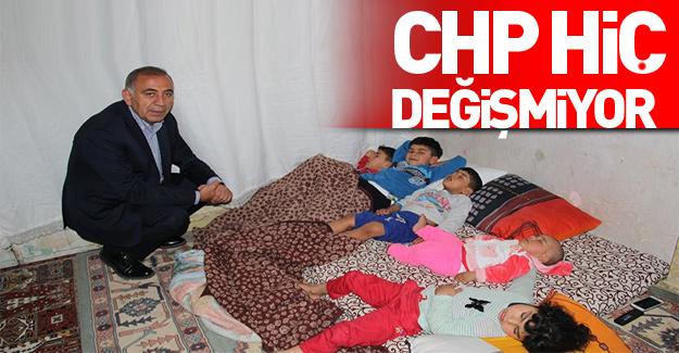 CHP'li vekil Suriyelilerin evine böyle girdi.