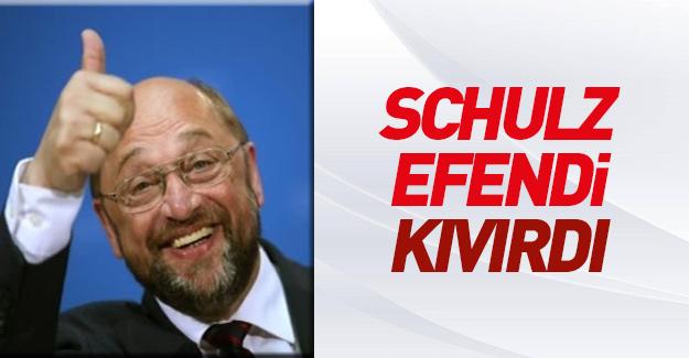 Schulz Türkiye politikasında tavır değiştirdi