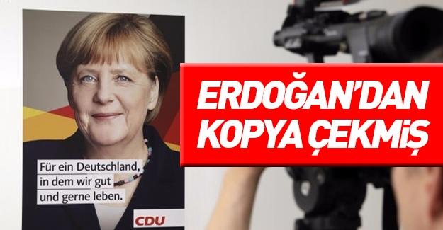 Merkel Cumhurbaşkanı Erdoğan'dan kopya çekti