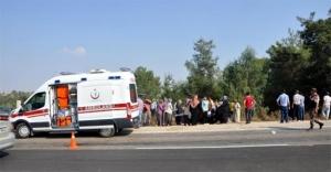 Adana'da cenaze yolunda feci trafik kazası! 3'ü çocuk 5 kişi yaralandı...