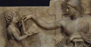 Antik Yunan heykelinde 'laptop' tartışması!