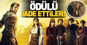 bDiriliş Ertuğrul, #039;Altın Kelebek#039;.../b