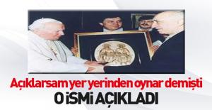 Özdağ, Papa ile Gülen'i buluşturan ismi açıkladı