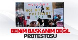 ABD'de 'Başkanlık Günü' yerine 'Benim Başkanım Değil' protestosu