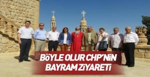 CHP bayramda manastır ziyaret etti