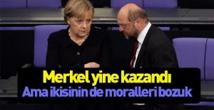 Seçim sonrası Merkel ve Schulz şoka girdi